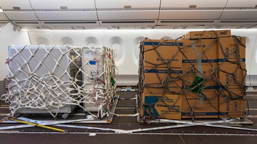 Airbus announces modification to allow airlines to take cargo on their passenger decks