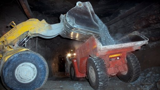 Alrosa suspends production at two operations