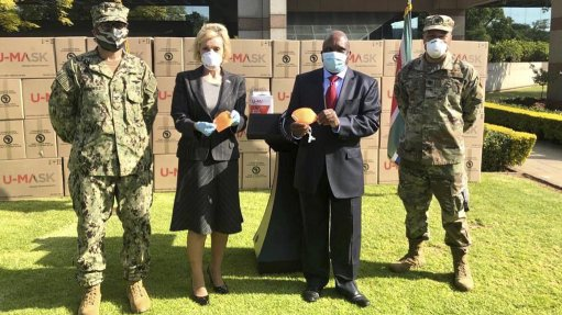 US donates 730 000 masks for South Africa's health department