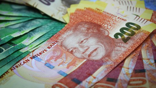 Household wealth takes R830bn knock quarter-on-quarter