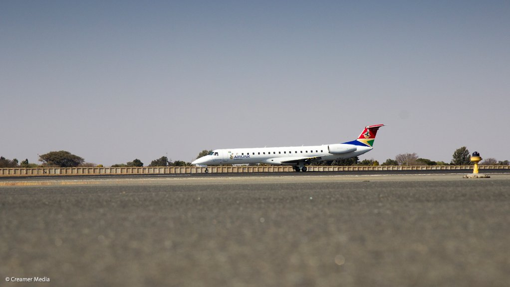 S African airlines look to restart operations, see slow recovery