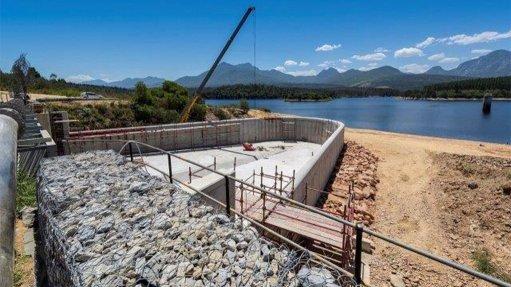 Garden Route dam raising duckbill spillway increases capacity, enhances safety