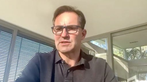 VWSA chairperson Thomas Schäefer unpacks the new ECape field hospital