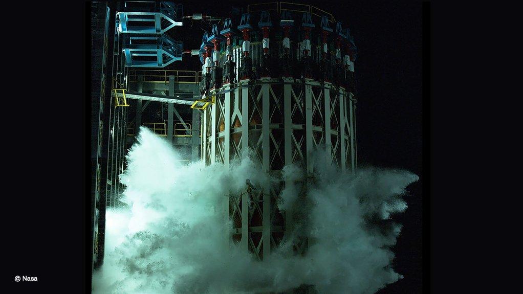 The moment the SLS liquid oxygen tank failed during its final, destructive, test