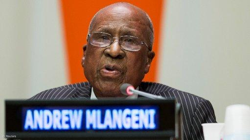 Struggle activist Andrew Mlangeni dies