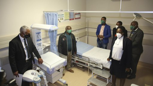 Glencore hands over R30m community clinic