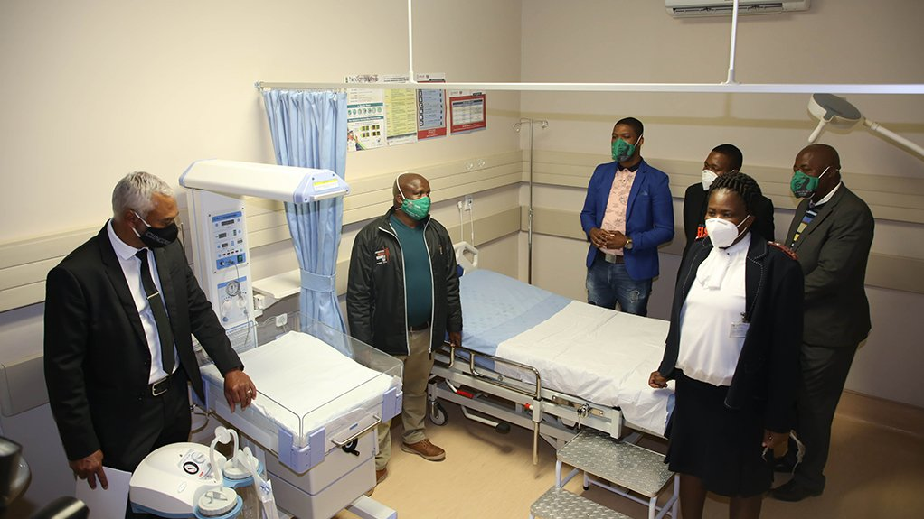 Glencore hands over R30 million state of the art community clinic to the North West Province Department of Health.