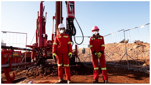 All-female exploration crew drilling for iron-ore in Northern Cape