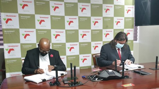 Transnet signs deal to supply 300 freight rail wagons to Mozambican rail operator