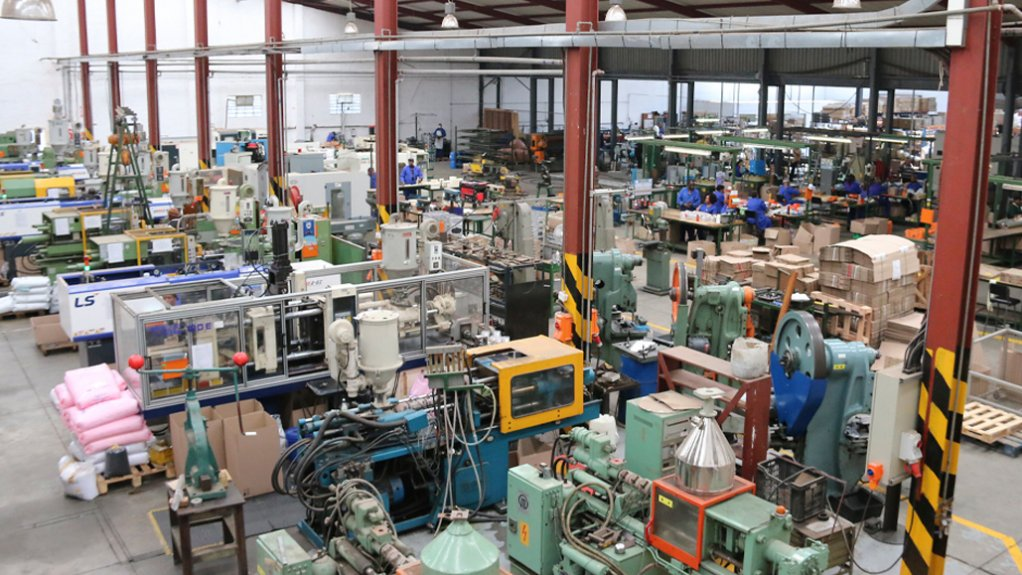 Hudaco factory mask production line.