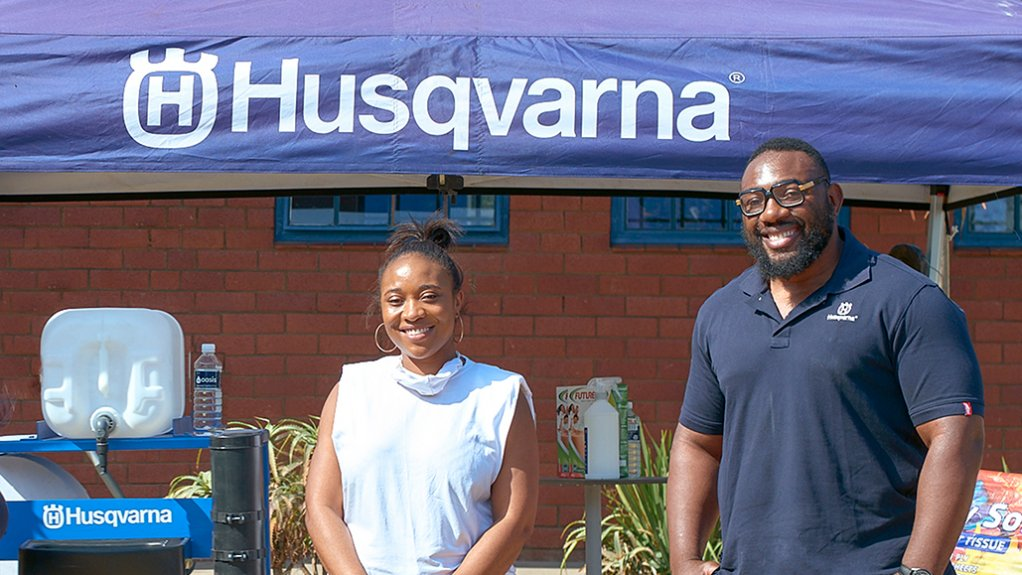 Tendai Mtawarira and his wife Kuziva, recently rallied together with Husqvarna and other partners to 'green' the spaces at Salt Rock's Sizani School and offer other vital supplies.