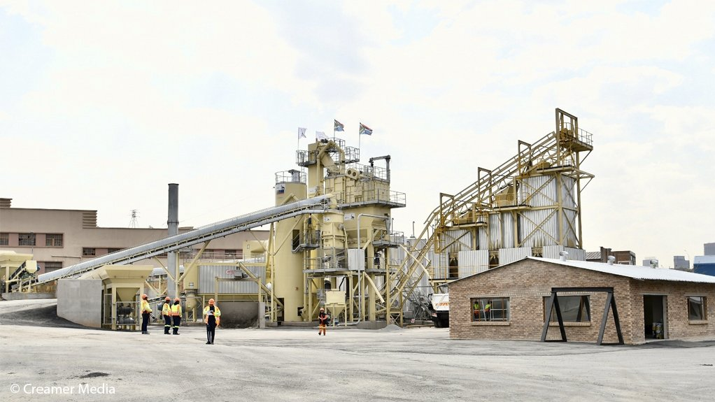 The JRA's Ophirtin asphalt plant