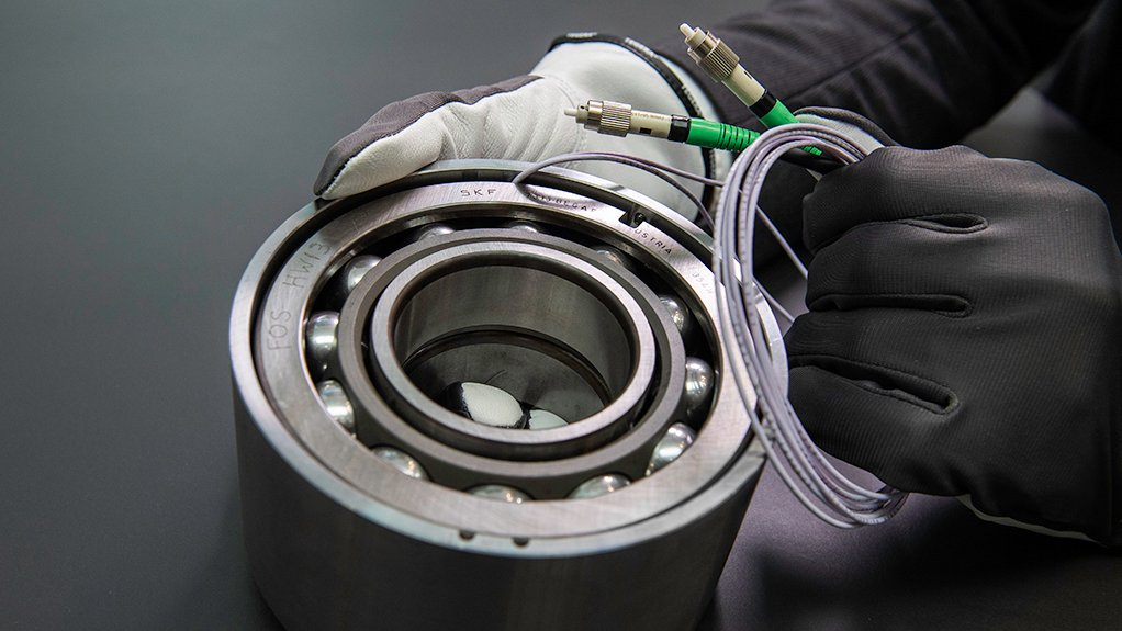 FULLY LOADED The fibre-optic load-sensing bearings developed by SKF gather data such as load and stress on pumps and compressors at a distance