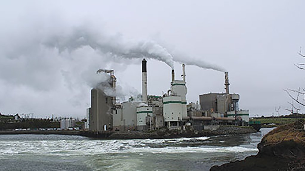 CLEAN PAPER  Equipment malfunctions in pulp and paper mills can, in most instances, be traced back to poor maintenance