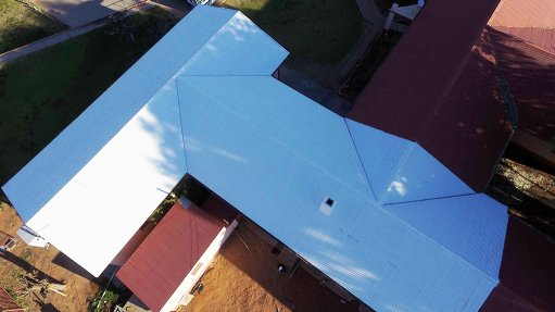 SANEDI rolls out cool roof project in Cape Town