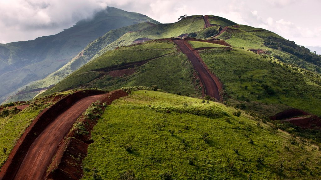 Guinea approves infrastructure plan for Simandou iron mine