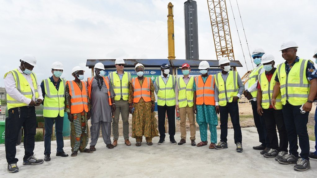MINISTERIAL MOTIVATION The Minister of Transportation in Nigeria has pushed promoters for the on-time completion of the Lekki Deep Sea Port