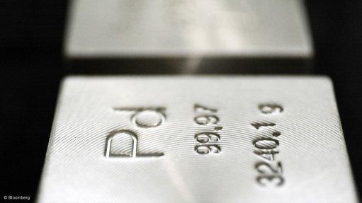 Platinum's high-flying stocks set to extend Johannesburg gains