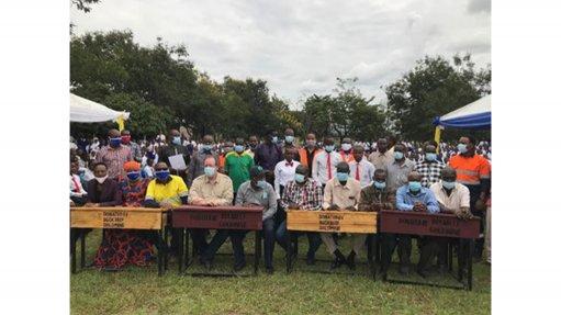 Tanzanian Gold uplifts community Tanzanian Gold donates 300 desks to local secondary school