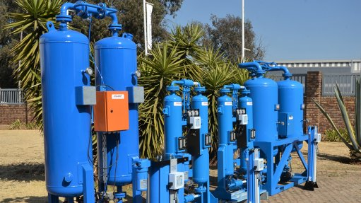 THE SA SERIES The locally made range of heatless desiccant pressure swing driers embodies a simple and robust design