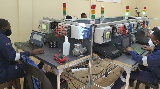 TECHNO TRAINING To implement and maintain Industry 4.0 technologies, artisans need to acquire appropriate skills