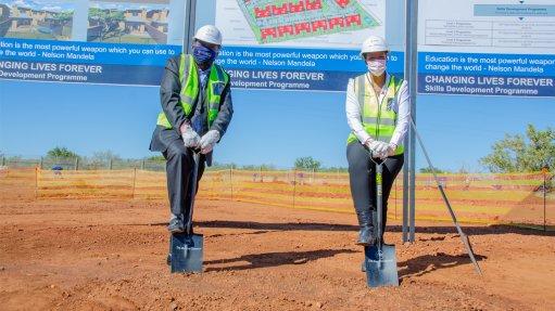 De Beers, BMH Africa launch skills development programme