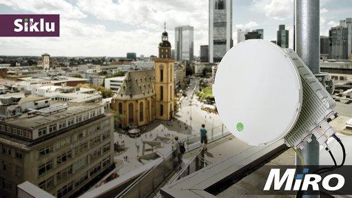 Extended range fibre-like wireless backhaul with Siklu