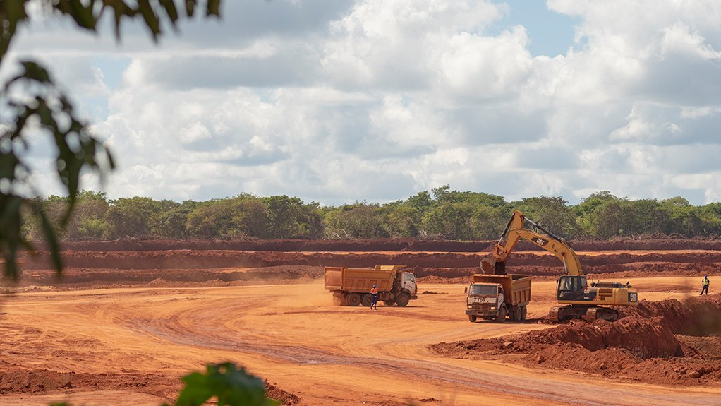 Operations at MRM Illegal miners are overseen or coerced by illegal smuggling syndicates