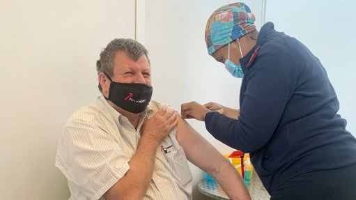 Newly elected Minerals Council office bearer vaccinated