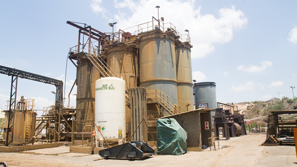 GOLDPLAT RECOVERY With the company's local operations, the year-on-year decrease in Q3 operating profit was owed to increased cost per ton of material, acquired for Goldplat's low-grade circuit