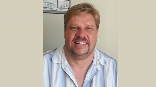 ABRI VERMEULEN All institutions and individuals have a role in proper water management