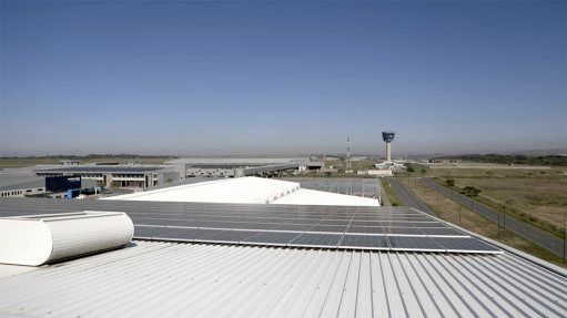 CLEAN ENERGY SolarSaver monitors its systems daily and if production levels drop below optimal output, its maintenance team cleans the system
