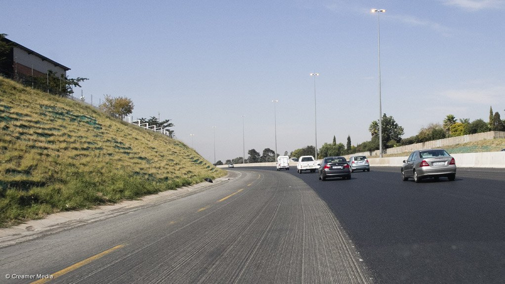 An image of a national road under management of the South African National Roads Agency