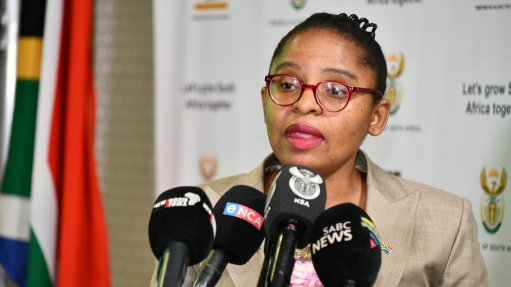SA: Khumbudzo Ntshavheni: Address by Acting Minister in the Presidency, Update on government efforts of rebuilding and recovery efforts in the country (20/07/2021)
