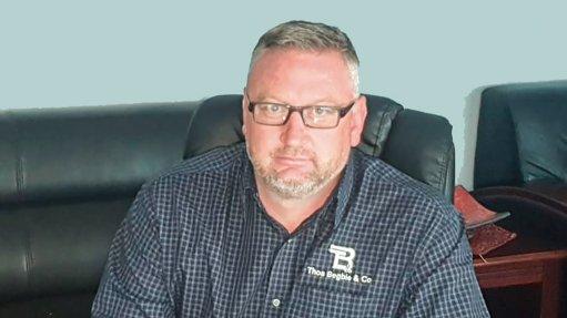 Thos Begbie sales manager Jurgsen Dercksen seated