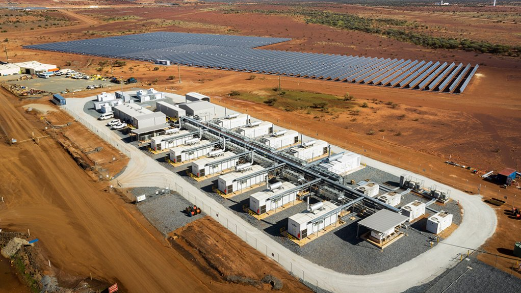 An image showing an electricity microgrid with photovoltaic panels at a mine site in Australia.