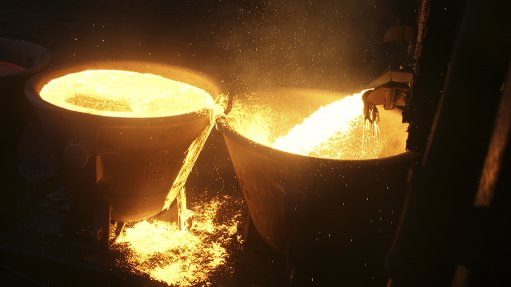 A picture showing flaming mineral sands metals at Richards Bay Minerals in KwaZulu-Natal.