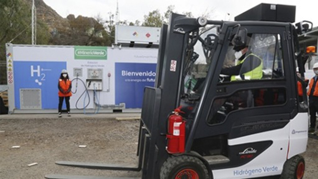 An image of a hydrogen forklift outside Anglo American's Chilean copper business