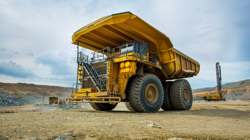 An image of a hydrogen-powered mine truck being developed by Anglo American and partners