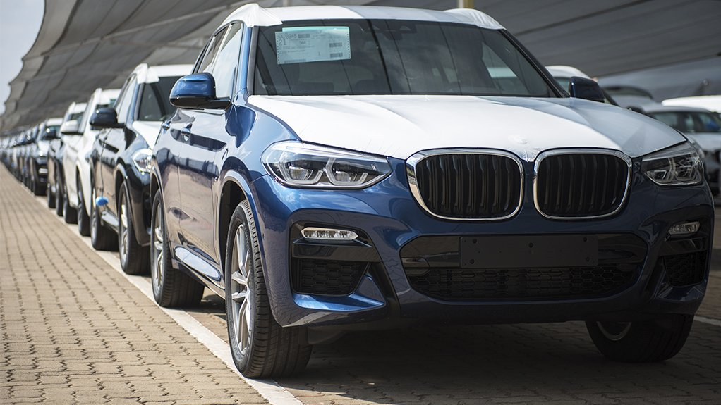 Image of BMW X3s being exported from  theRosslyn plant in Pretoria
