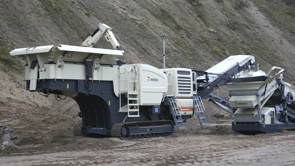 A photo of a Metso Lokotrack LT106 Urban crusher operating on site