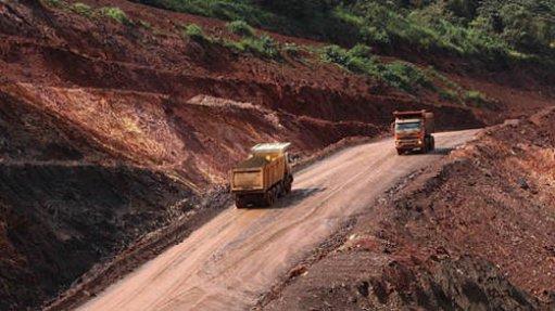 An image of heavy haul trucks operating in Liberia.
