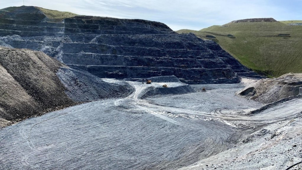 The Macraes mine's production guidance has been revised.