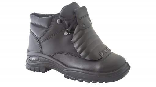 Sisi steps up game with women's Basi Metaguard boot