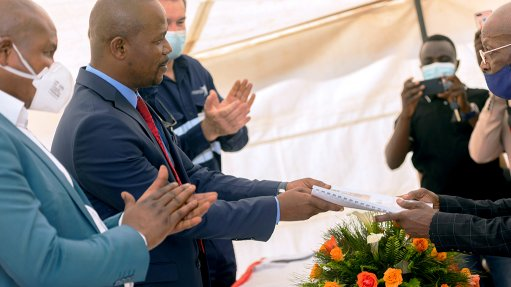 Pic of Signing Ceremony for ERG, Frontier Mine in DRC