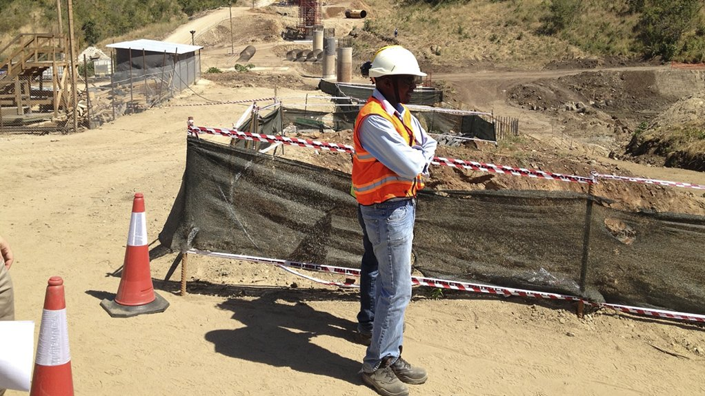 Image of SRK Consultants working on a mine site in West Africa