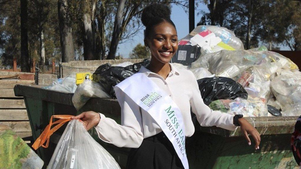 Miss Earth SA Nompumelelo Maduna and her #WasteStopsWithMe awareness campaign