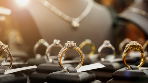 An image of diamond and gold jewellery