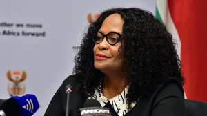 Nomvula Mokonyane will still be close to the action as chair of chairs