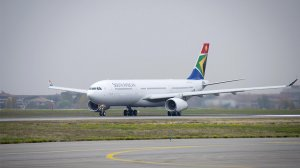 SAA has R1.1bn stuck in cash-strapped Zimbabwe